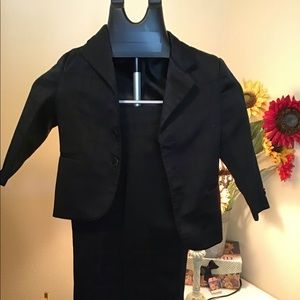 Other - 3T Suit with Shoes